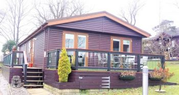Pre-owned Log Cabin Skipton